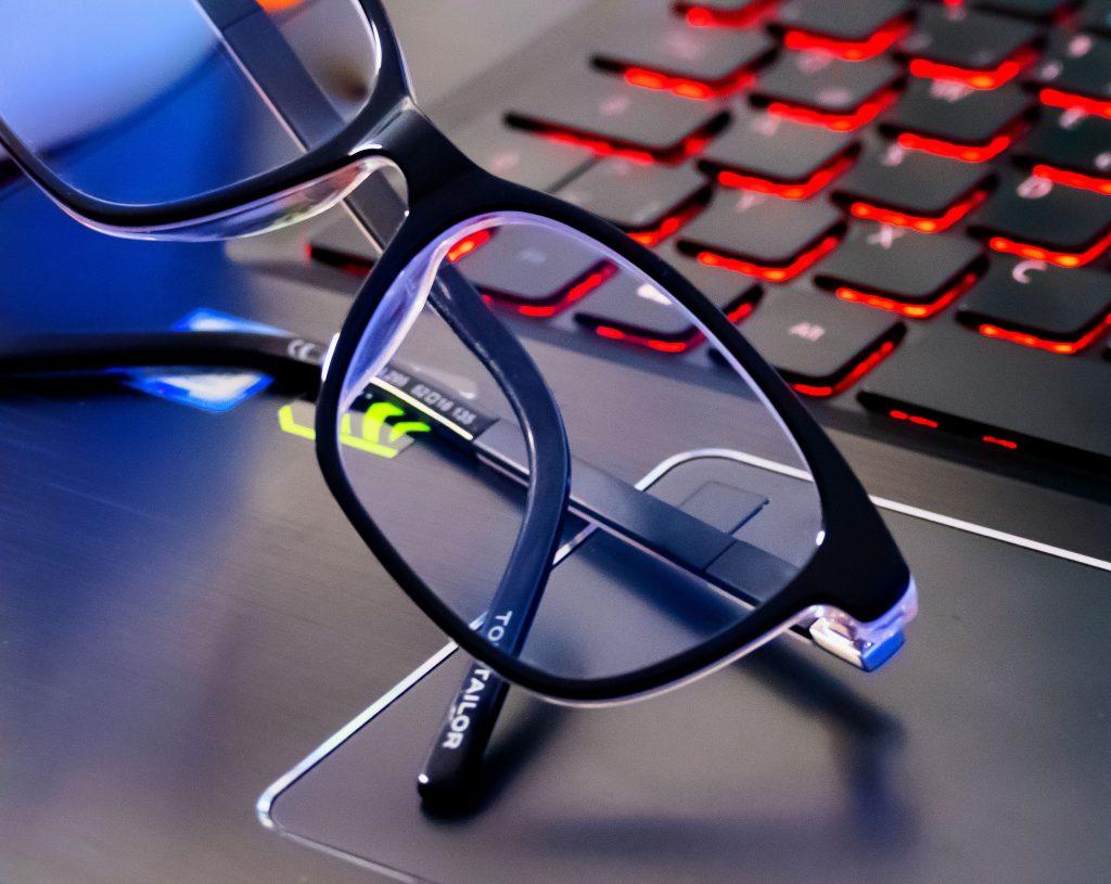 Innovativ veredelten Brillengläser